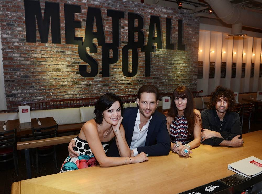 Peter Facinelli And Jaimie Alexander Dine At Meatball Spot At Town Square