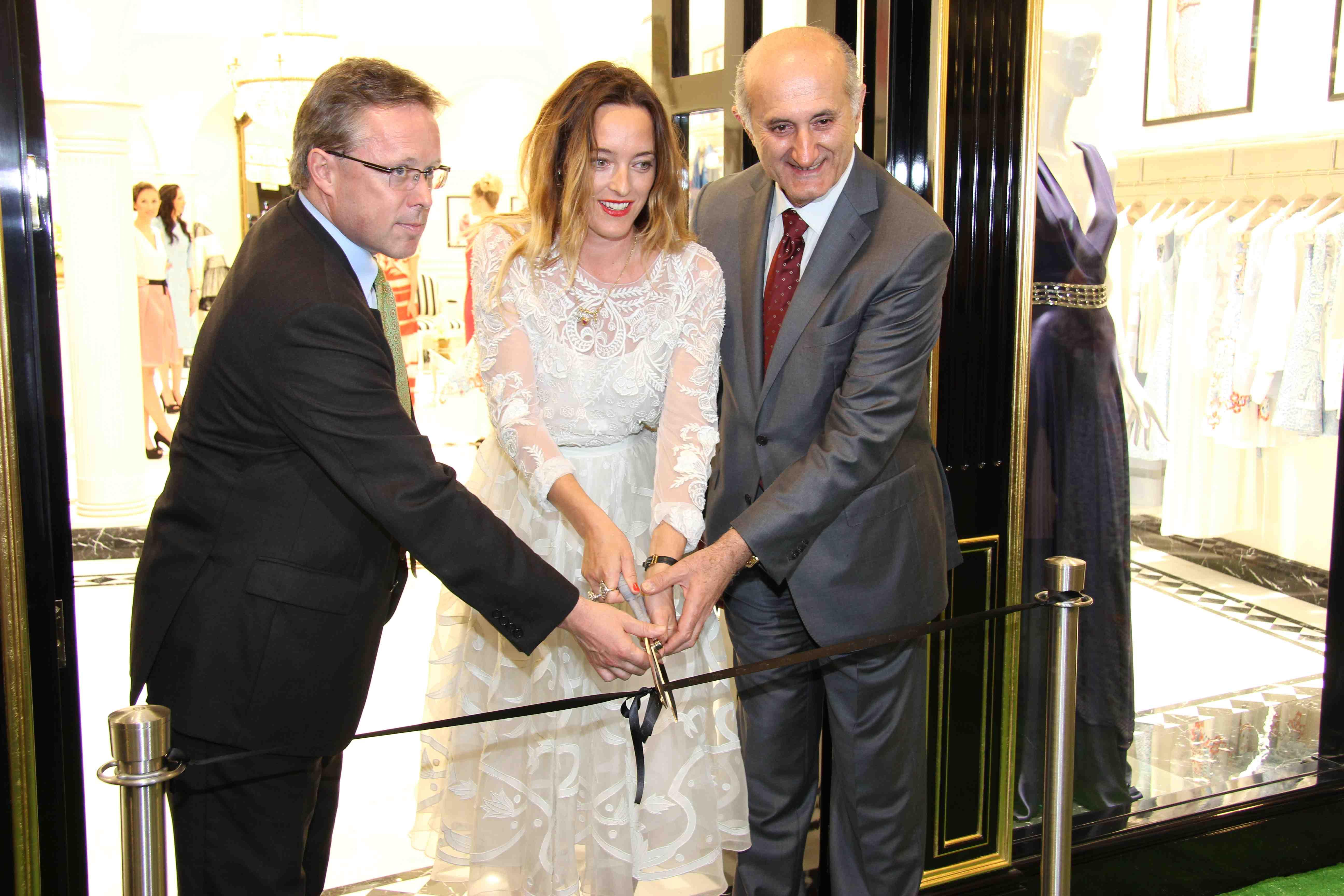 3. Michael O'Neill (uk ambassador) Alice Temperley & Issa Abu Issa (CEO and Chairman)