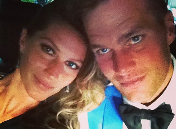 Gisele Bundchen and husband Tom Brady snapped a pic on their way to the Met Gala