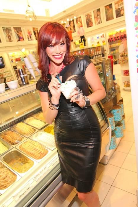 Jessica Sutta with Mint Gelato