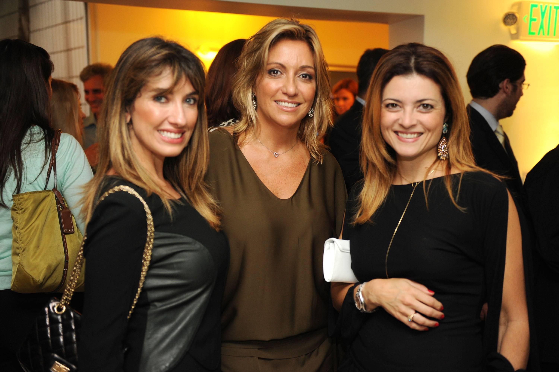 Juliana Pereira, Fernanda Barros, & Mariana Lima