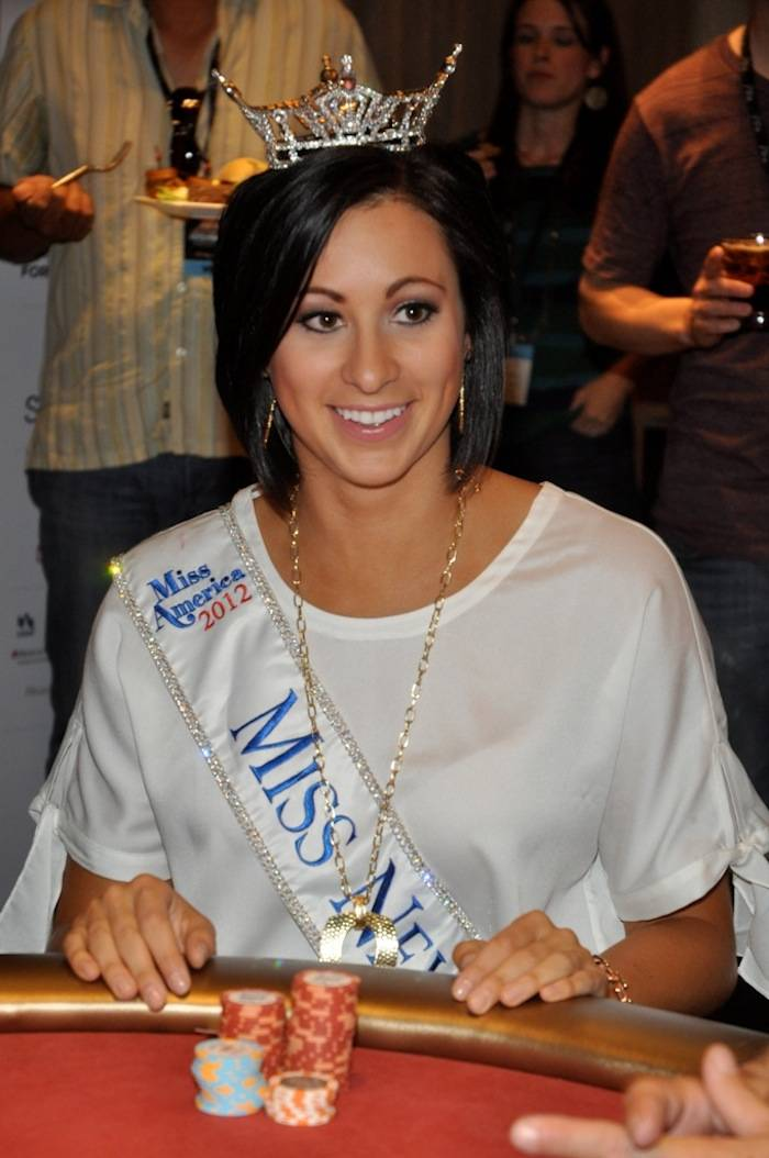 Miss Nevada Playing