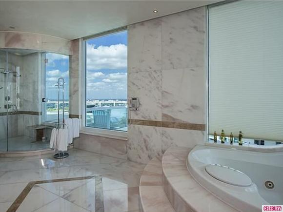 Pharrell-Williams-Miami-Home-11-580x435