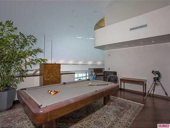 Pharrell-Williams-Miami-Home-9-580x435