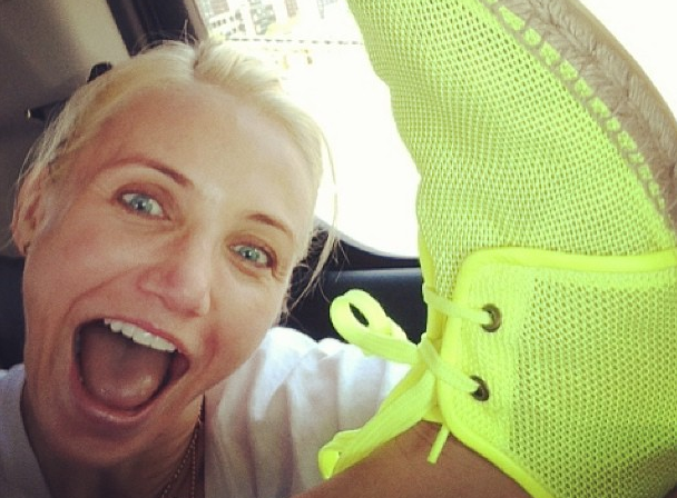 Stella McCartney shared a goofy pic of Cameron Diaz showing off the designer's neon espadrilles