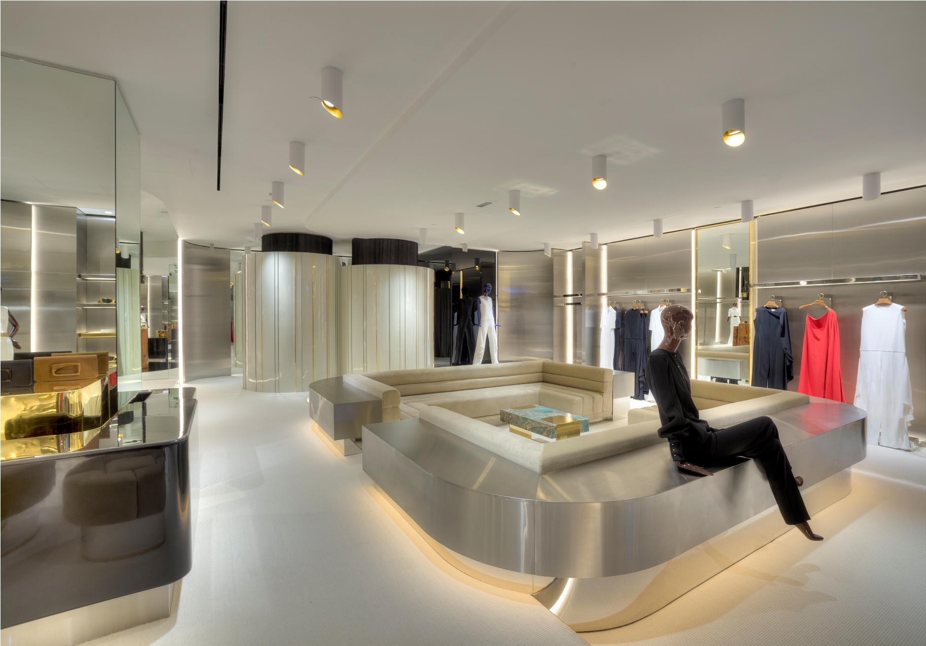 Stephane Rolland Abu Dhabi boutique (2)