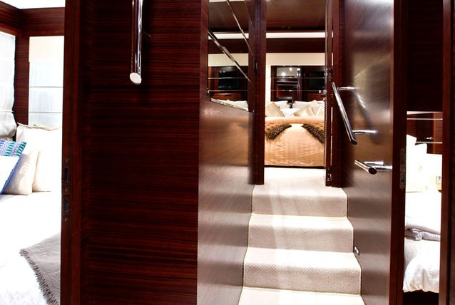 inside-abu-dhabi-royal-s-super-yacht-505291-11