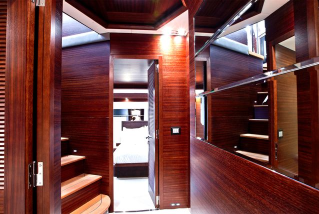 inside-abu-dhabi-royal-s-super-yacht-505291-6