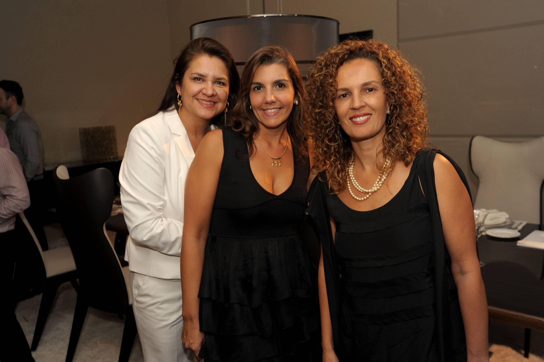 Adriana Ortiz, Simone Guimaraes, & Ana Paula Barros