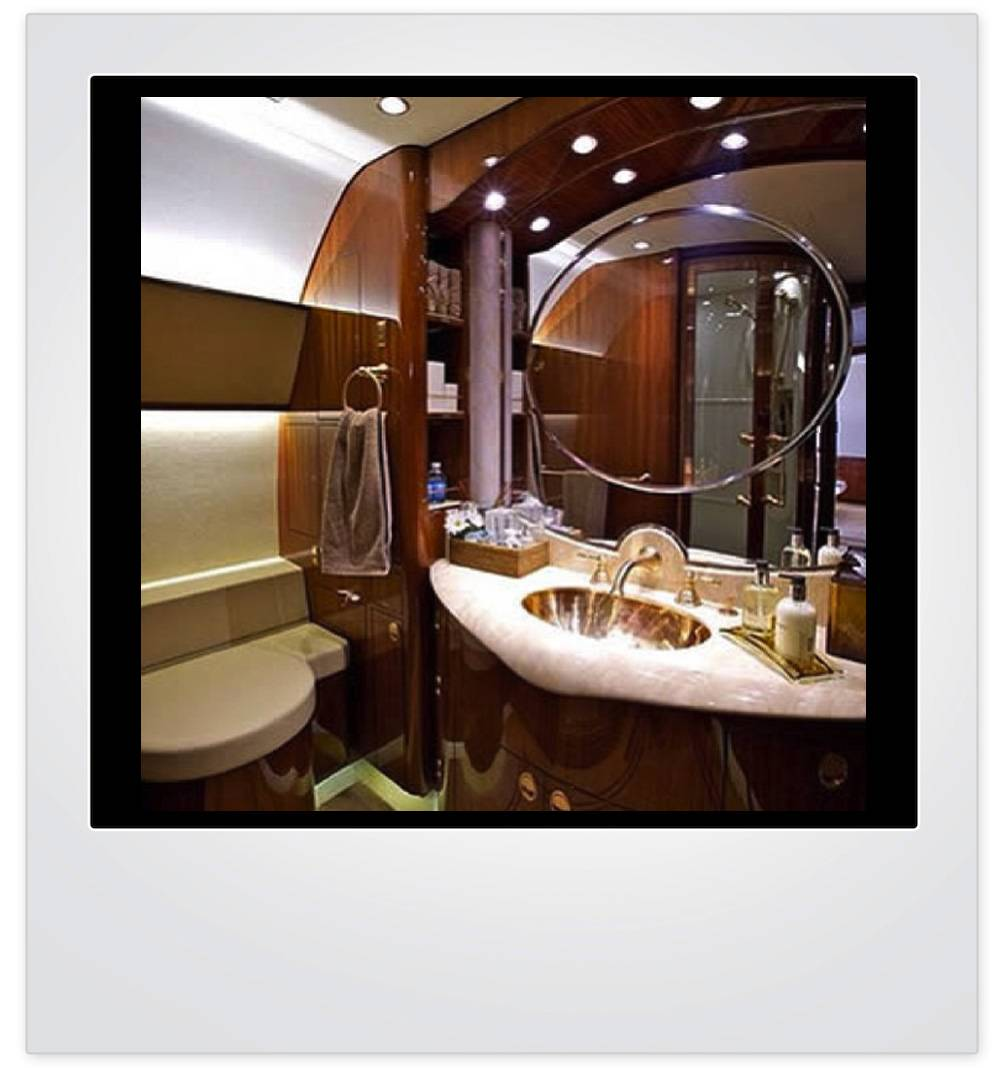 Haute pic of the day private jet vanity haute living for Private jet bathroom