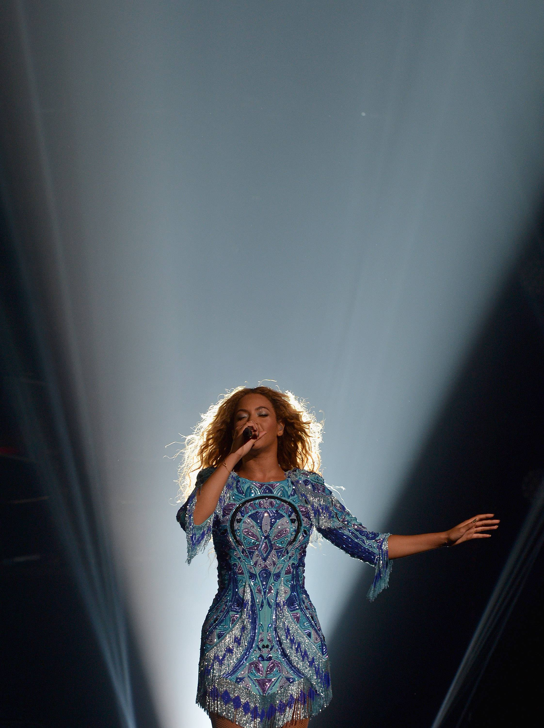 "Beyonce ""The Mrs. Carter Show World Tour"" – Houston"