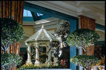 Cafe Bellagio – Interior with Conservatory view