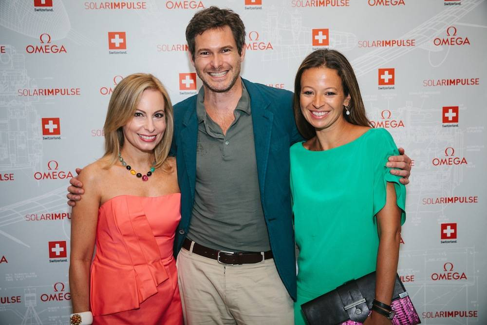 Left-to-Right-Host-committee-members-Gillian-Miniter-and-Bronson-Van-Wyck-with-designer-Michelle-Smith