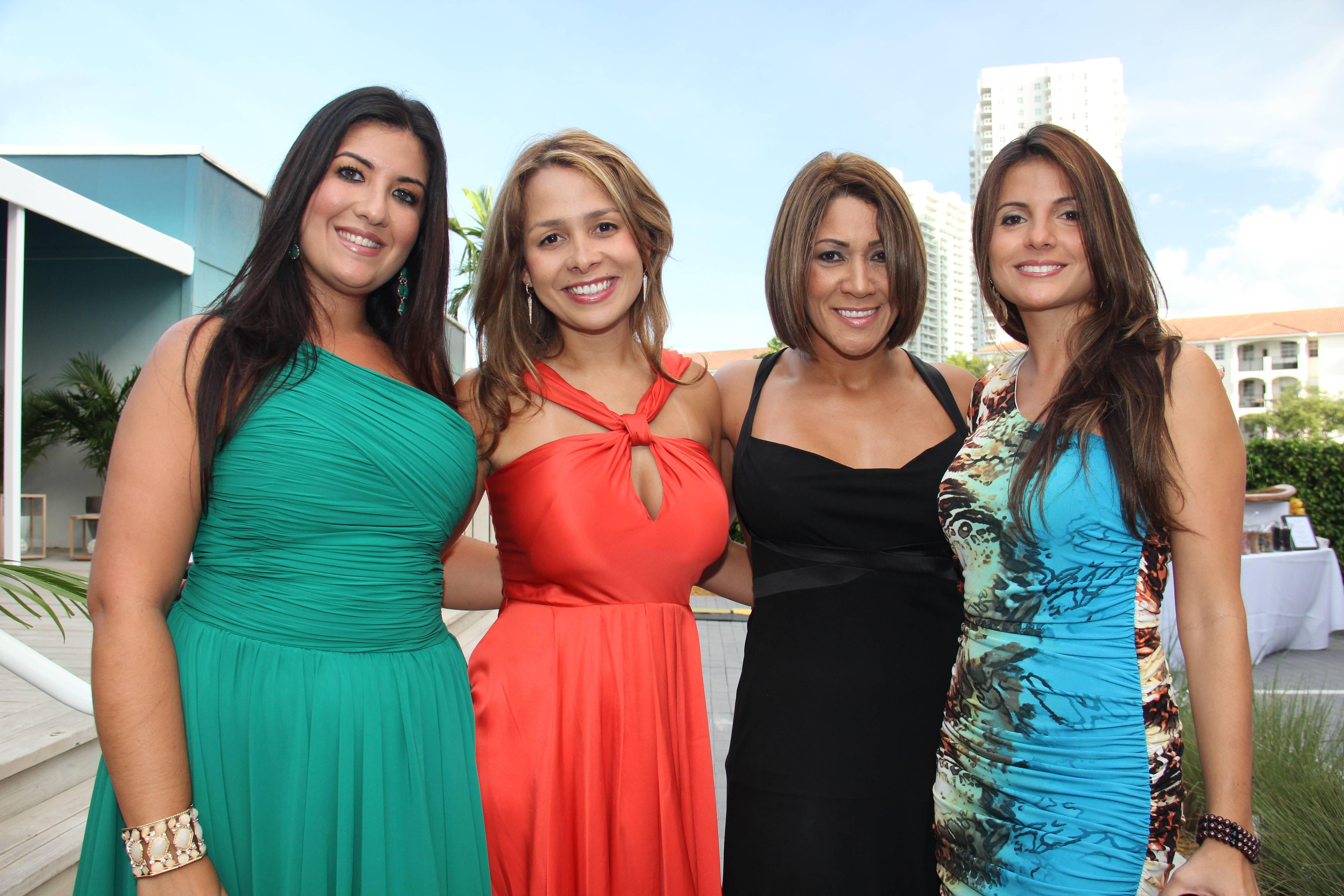 Sandra Pariente, Raquel Kaufman, Zenaida Figueroa, Piola Montes