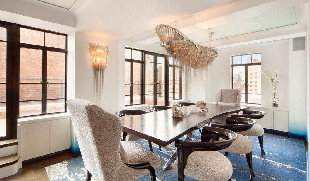Rosie o donnell attempts to sell 11m nyc duplex penthouse for Nyc duplex for sale