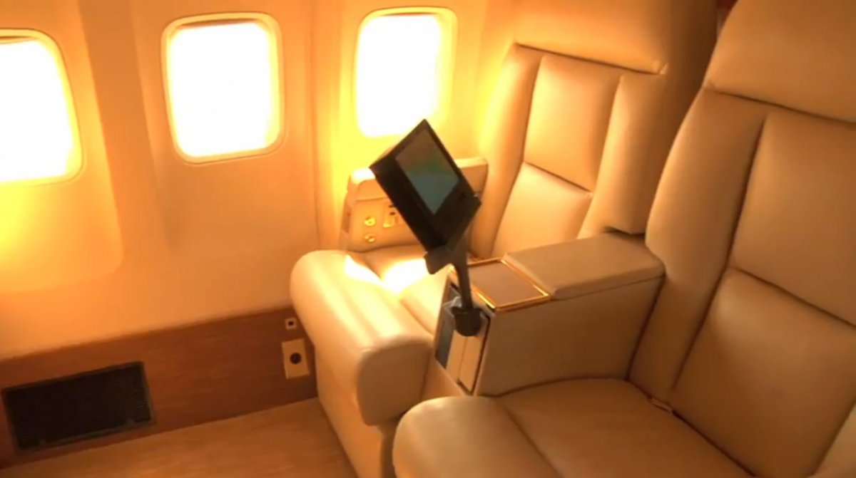 personal-tv-screens-for-every-seat