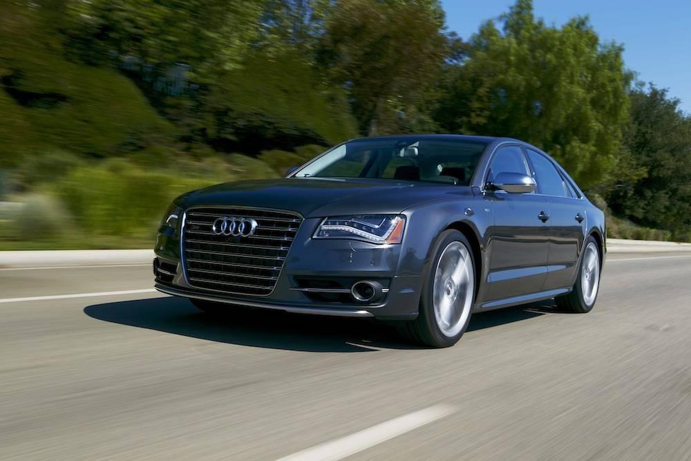 1 2013_Audi_S8…021