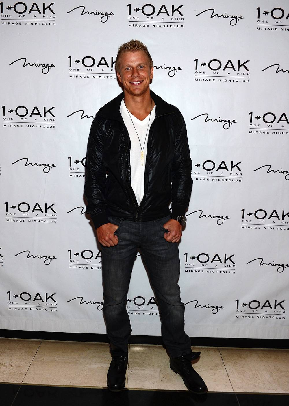 The Bachelor Star Sean Lowe At 1 OAK Nightclub At The Mirage Hotel and Casino