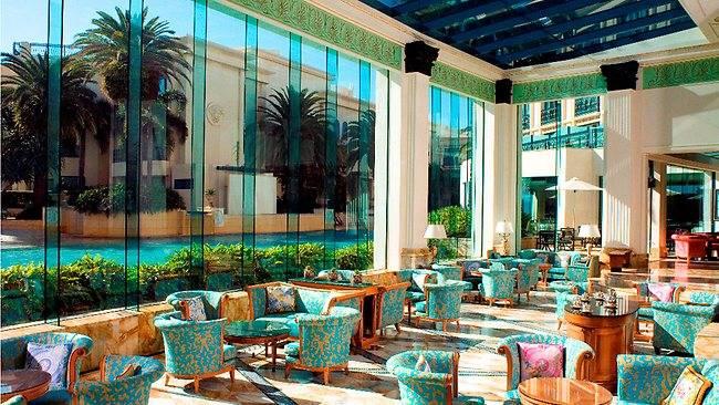 961910-palazzo-versace-gold-coast