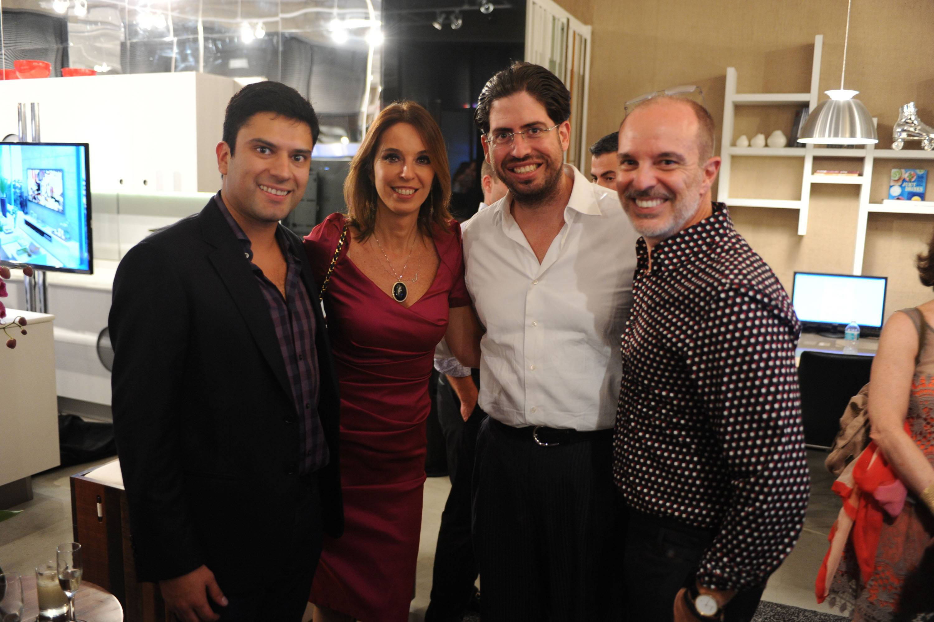 Claudio Faria, Esther Schattan, David Martin, & Renee Gonzalez1