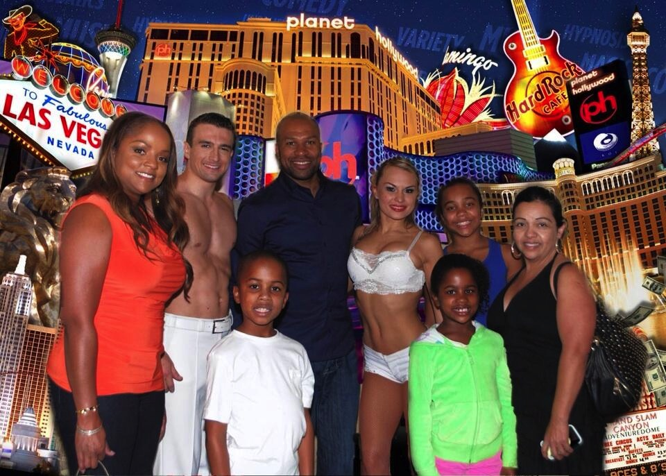 Derek Fisher with family at V The Ultimate Variety Show