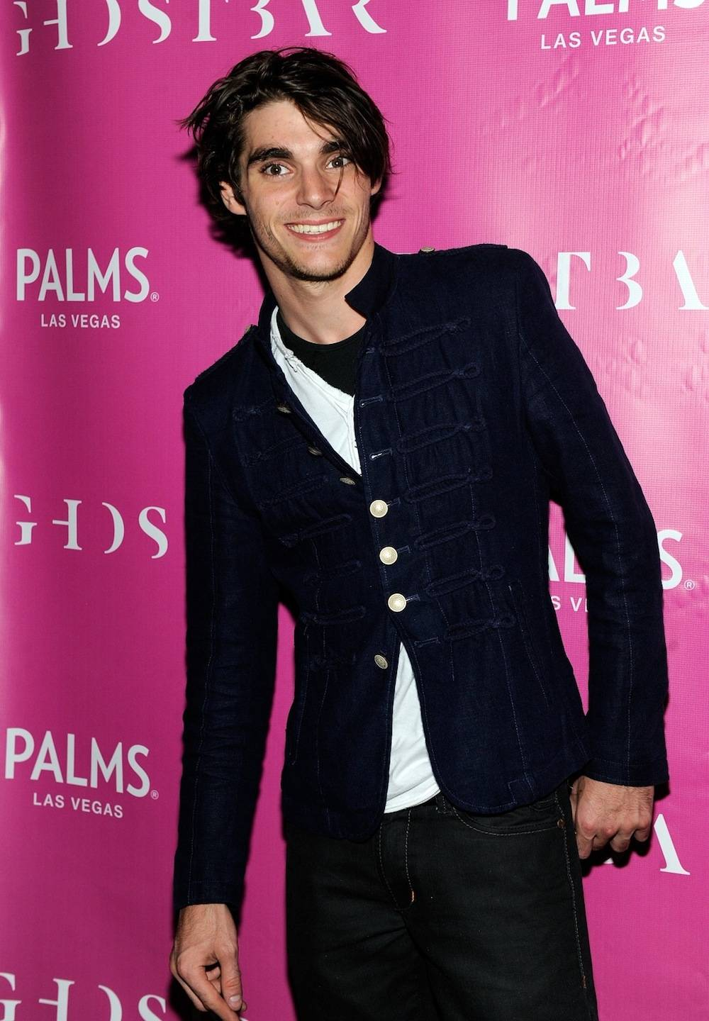 """Breaking Bad"" Star, RJ Mitte, To Celebrate 21st Birthday At Ghostbar Inside Palms Casino Resort"
