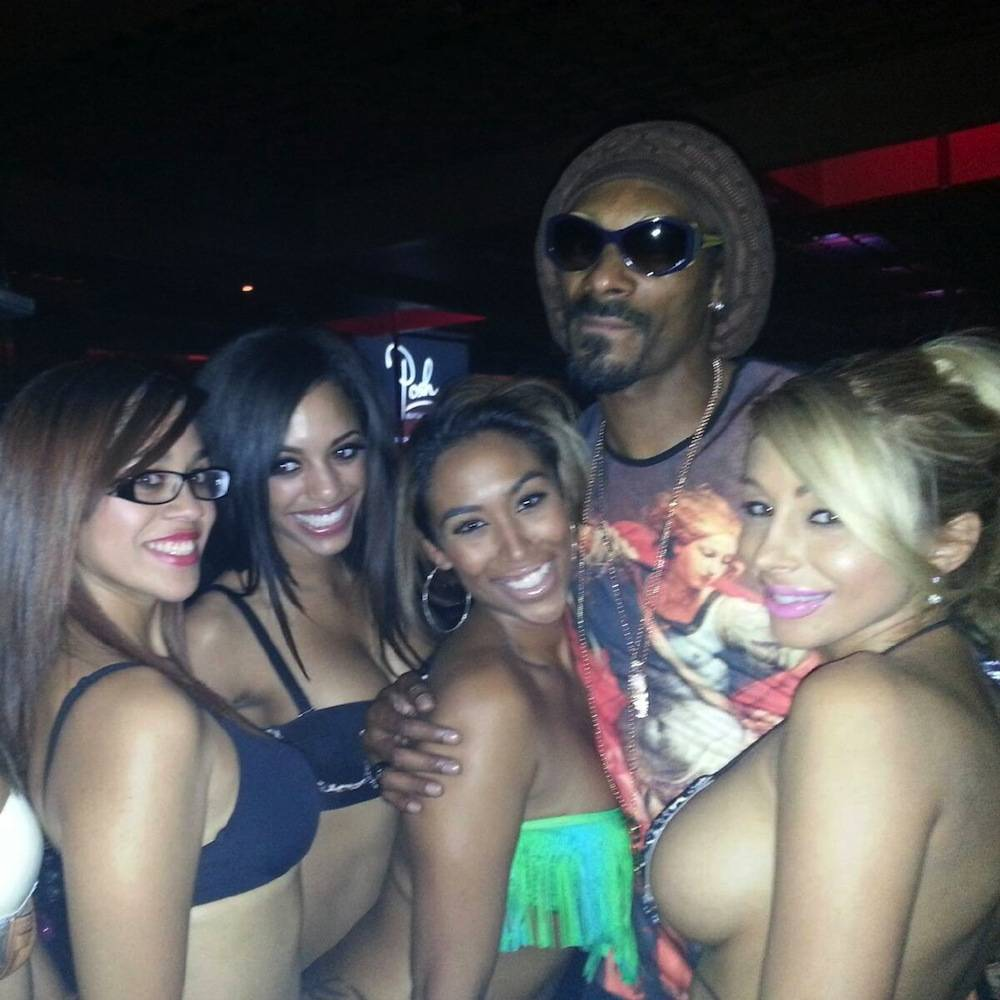 Snoop Lion with Crazy Horse III entertainers