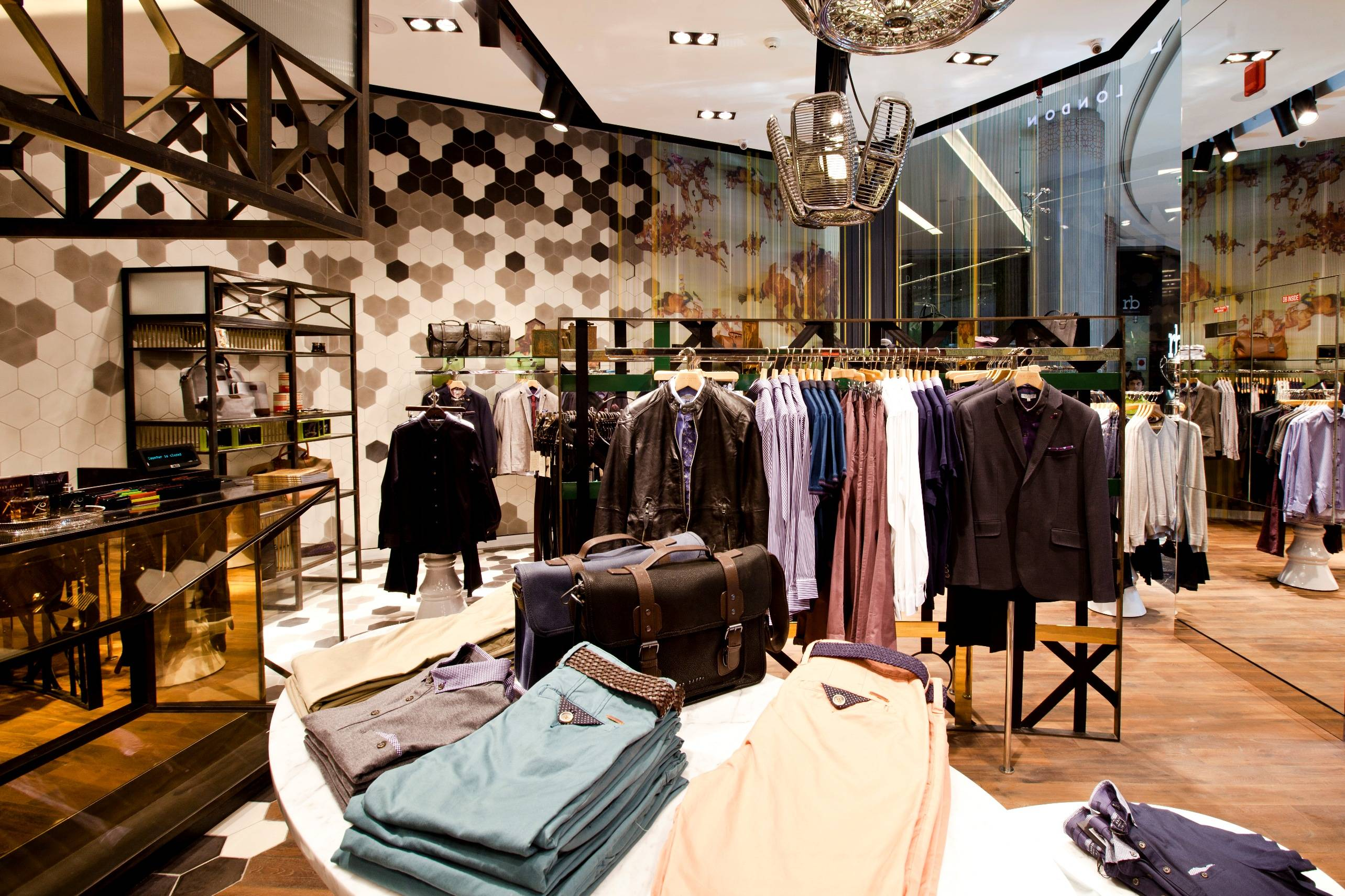5ff8324445e05 Ted Baker has opened its first Menswear only store in Dubai s Marina Mall.  The boutique currently showcases Ted s Autumn Winter menswear clothing and  ...