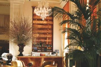 The-Champagne-Bar-at-The-Plaza