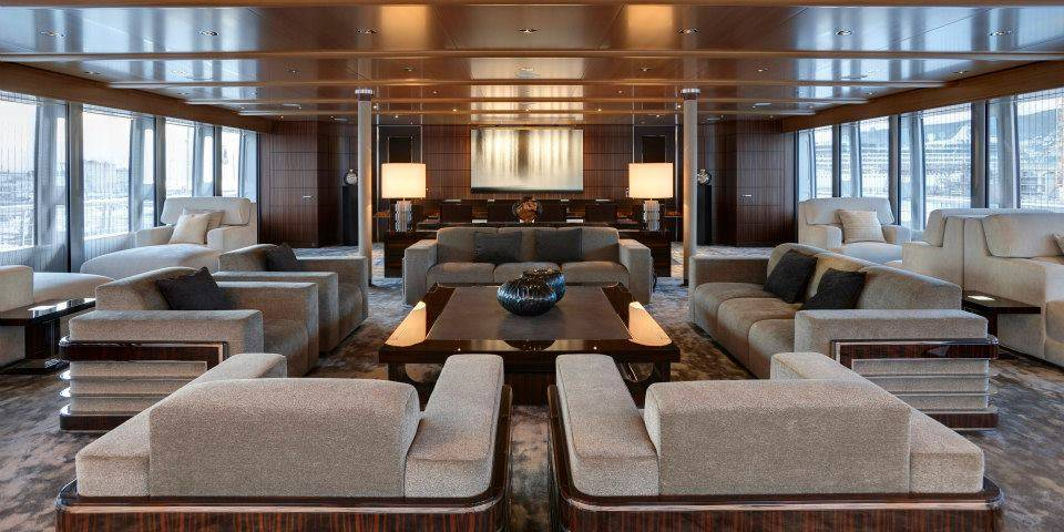 Upper-deck-Lounge