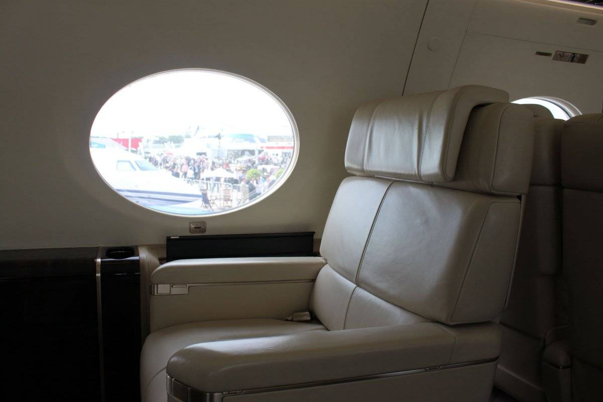 during-the-day-the-huge-windows-16-bigger-than-those-on-the-gulfstream-g550-let-in-lots-of-light