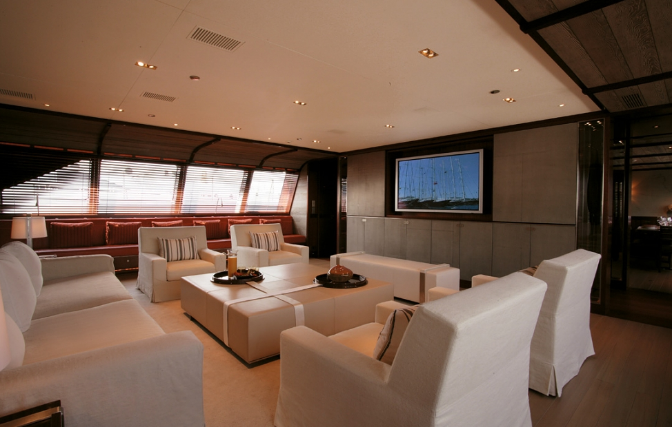 2006 luxury yacht Rosehearty by Perini Navi