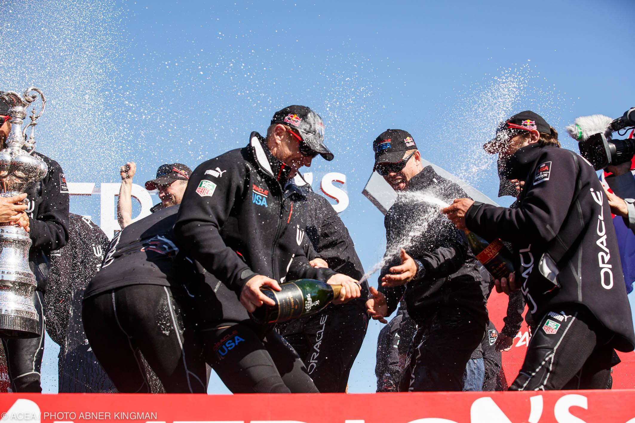 - San Francisco (USA CA) - 34th America's Cup - Final Match Day 15, ORACLE Team USA vs Emirates Team New Zealand