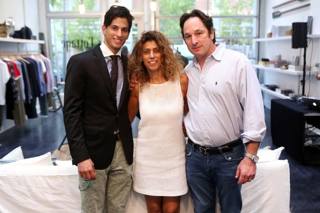 Ariel, Meera, & Rick Burman2