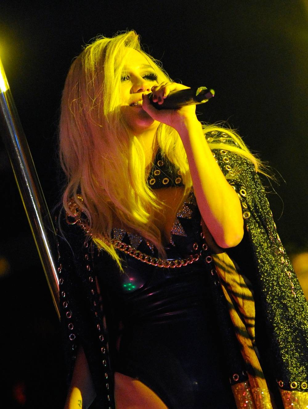 Superstar Singer Ke$ha Gives A Special Labor Day Weekend Performance At 1 OAK Nightclub At The Mirage