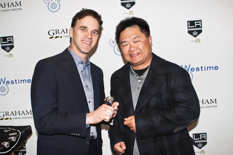 LAKings_Graham_WestimeEvent--Luc-Robitaille-presenting-the