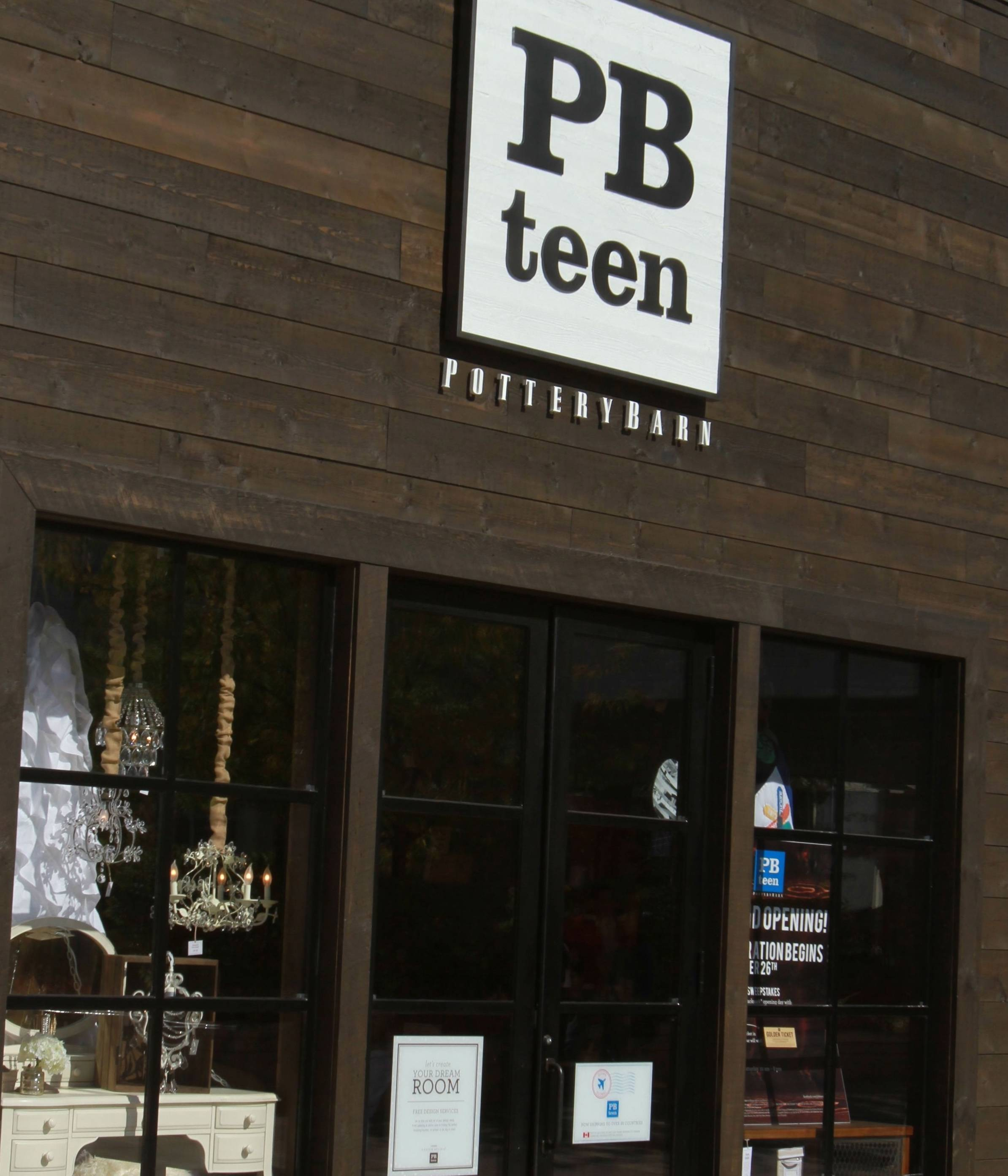 PBteen Oak Brook_ Store Front