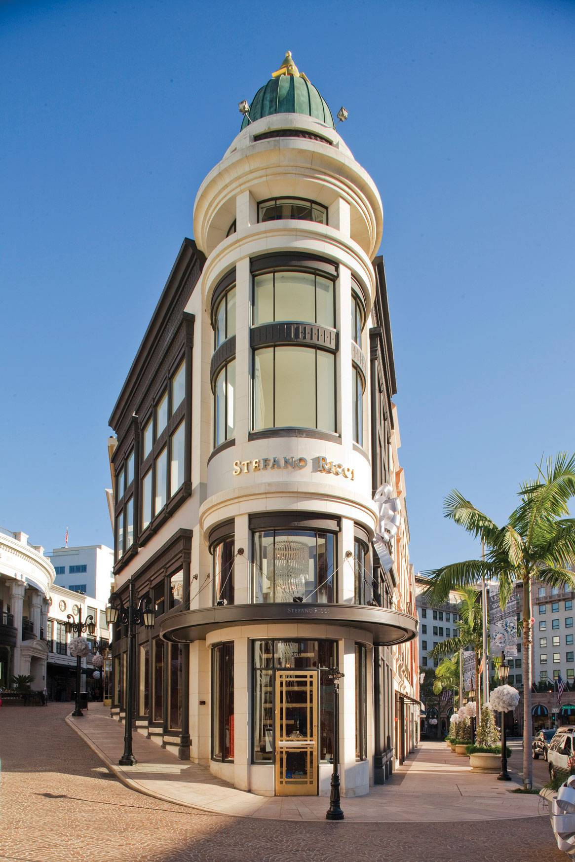 Shopping Spree On Rodeo Drive Beverly Hills Ca