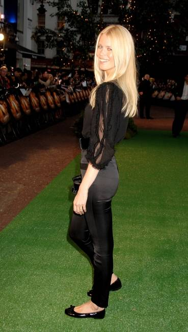 claudia-schiffer-and-pretty-ballerinas-gallery