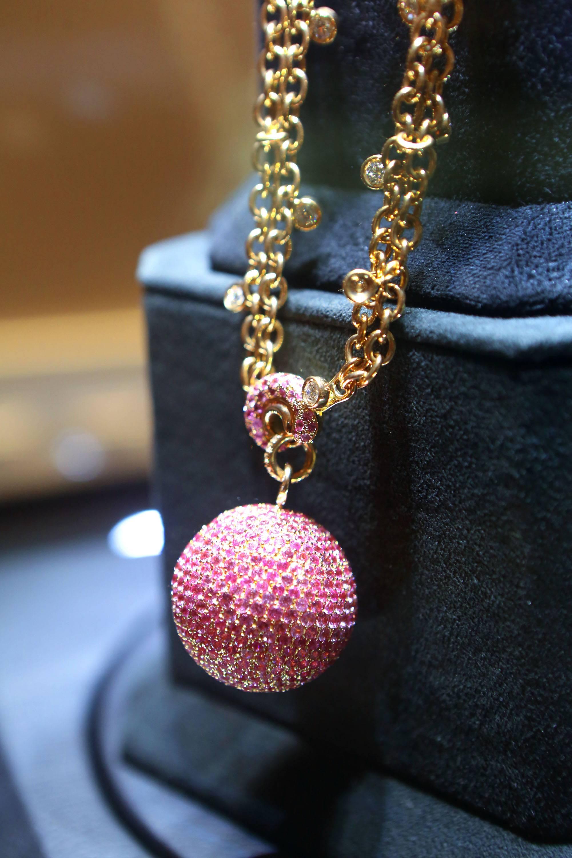 dg-necklace