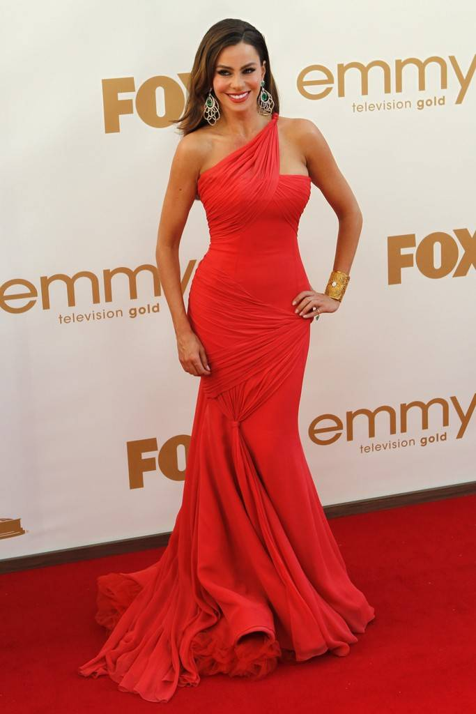emmy-red-carpet02