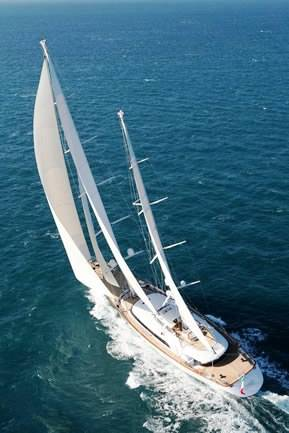 rosehearty---sailing-from-above