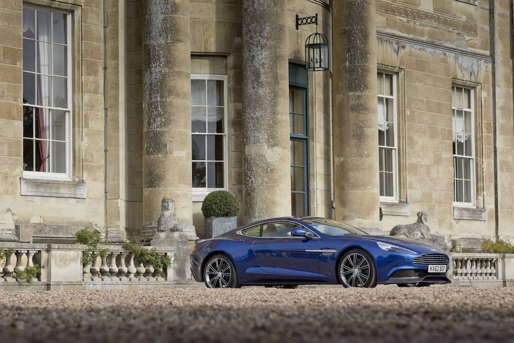 2014-Aston-Martin-Vanquish…052