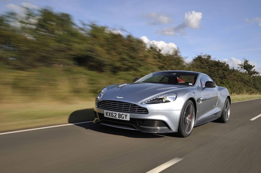 2014-Aston-Martin-Vanquish...073
