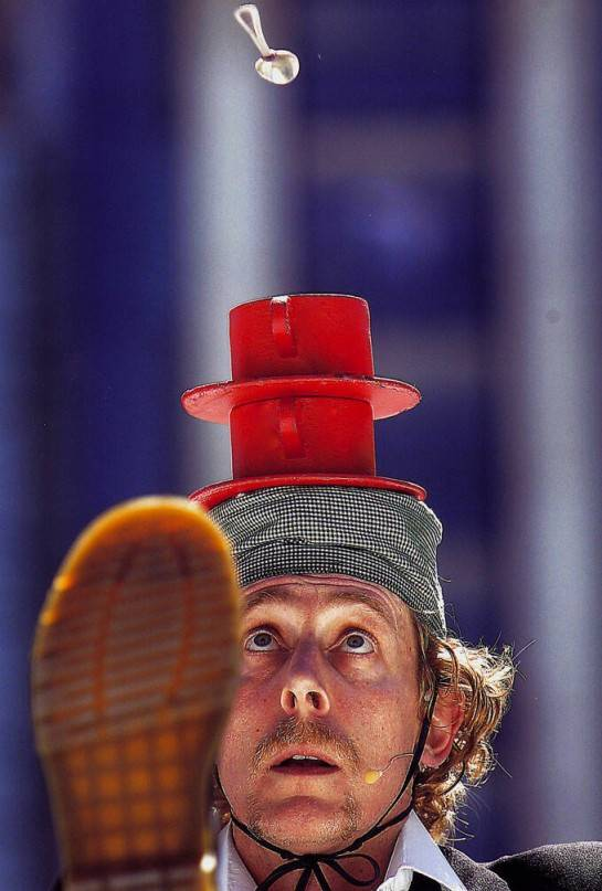 Australian comedy juggler The Great Dave