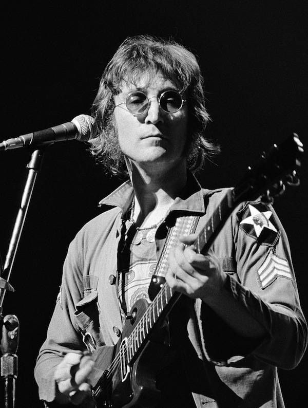 Image of John Lennon by artist Bob Gruen
