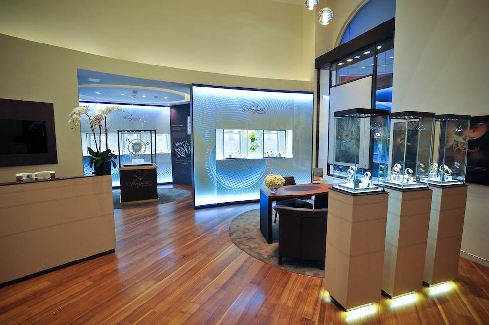 Breguet Boutique interior_wide_angled