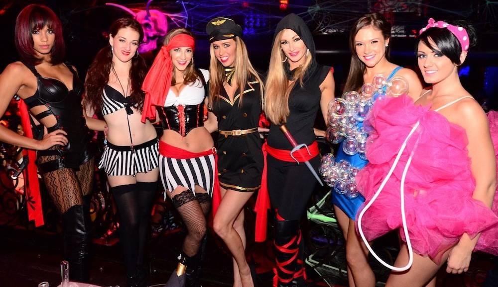 FANTASY cast (3rd R - Lead Singer Jaime Lynch)_LAX Nightclub