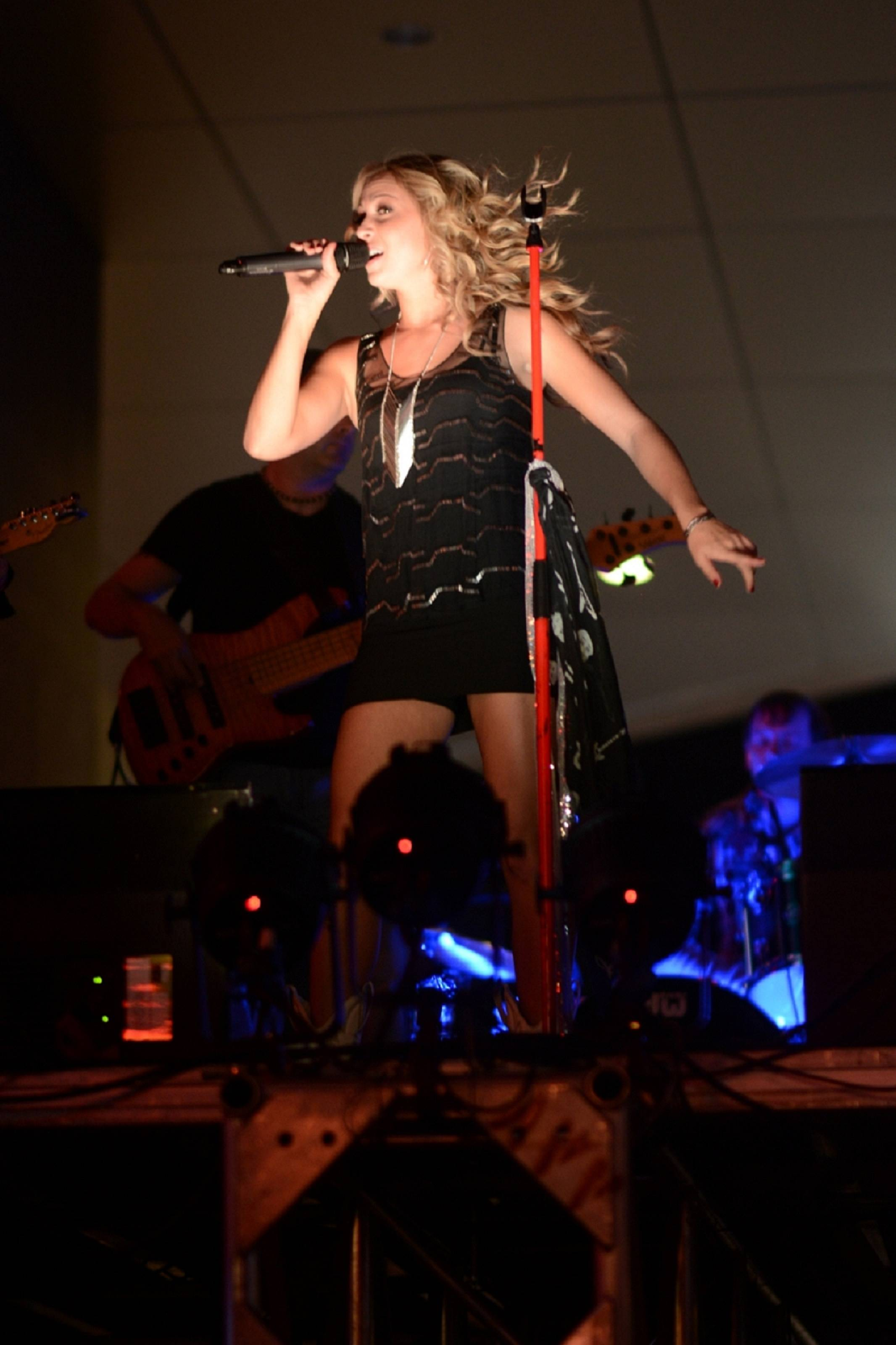 Morgan Leigh Performs at PBR Rock Bar for World Finals