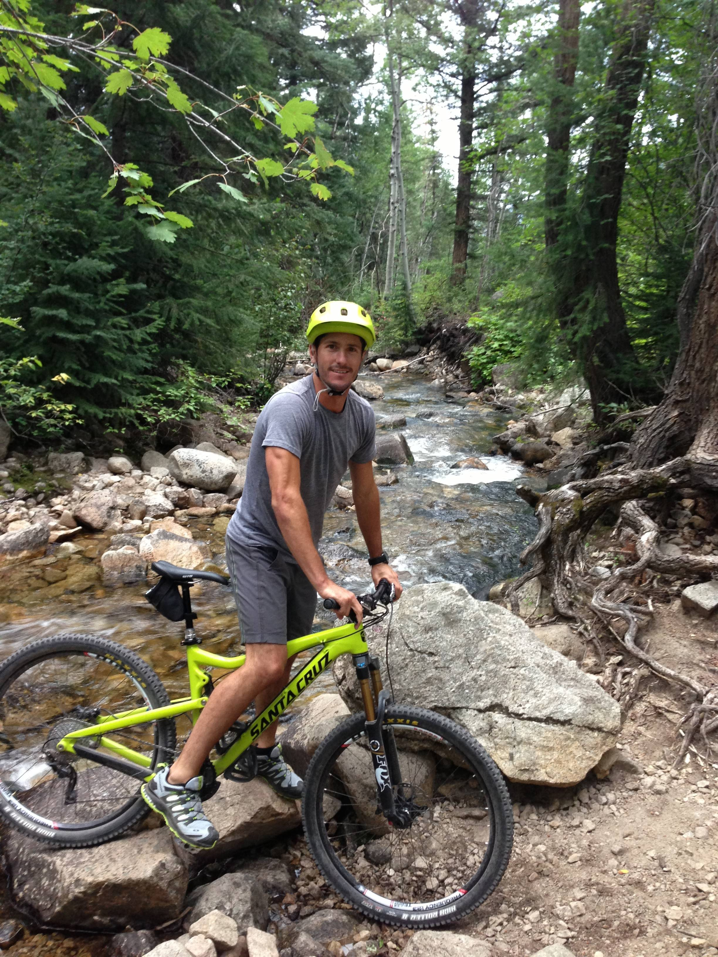Roldan mountain biking in Snowmass.